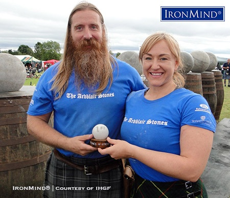 IHGFScottish representative Charlie Blair Oliphant (left) and women's winner Emmajane Smith (right) at the IHGF Stones of Strength Championships. IronMind® | Courtesy of IHGF