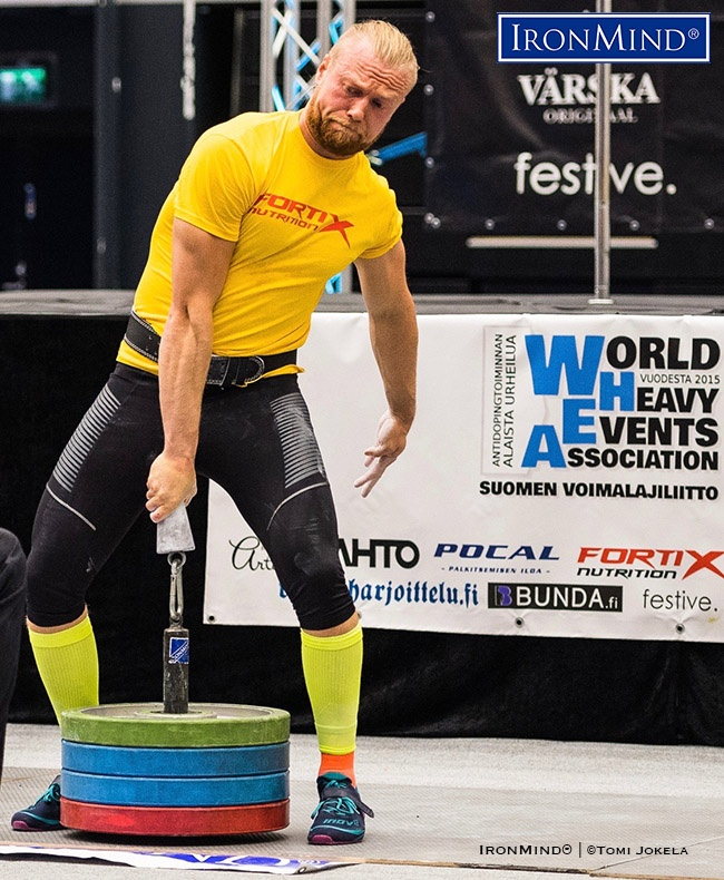 One of the top lightweight gripsters in Finland, Pekka Lähderinne hauls up 80kg on the IronMind Little Big Horn in 2018 US World Grip Championships. IronMind® | Photo courtesy of WHEA/©Tomi Jokela