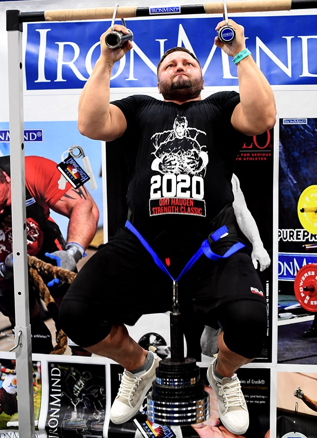 Just as last year, Alexey Tyukalov broke the Rolling Thunder Pull-up world record not once, but twice at the 2020 Los Angeles FitExpo. IronMind® | ©Randall J. Strossen photo