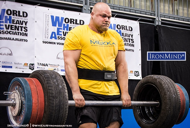Competing at the 2020 WHEA Finnish Grip Championships, Jesse Pynnönen became the first Finn to officially pull 200 kg on the IronMind Apollon's Axle. Photo ©WHEA/Strongsanteri