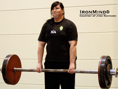 Ladies winner and Apollon's Axle current Finnish-record holder Annina Saine with 106 kg.  IronMind® | Photo courtesy of Jyrki Rantanen.