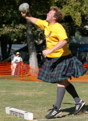 Top Highland Games competitor Dave Barron (USA) rocks at Pleasanton. IronMind® | Randall J. Strossen, Ph.D. photo.