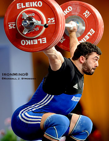 After missing it twice, Dmitry Berestov (Russia) made this 190-kg snatch look easy on his third attempt. IronMind® | Randall J. Strossen photo.