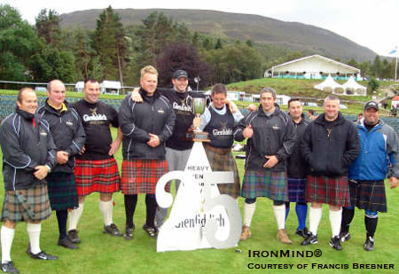 Here's the group shot of the athletes who competed at this weekend's Royal Braemar Gathering (Braemar, Scotland). IronMind® | Photo courtesy of Francis Brebner.