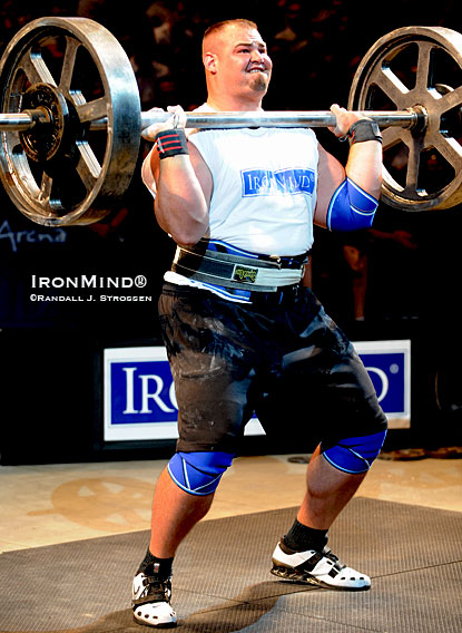 Brian Shaw has had a big year: This is a file photo from the 2009 Giants Live Mohegan Sun Grand Prix.  IronMind® | Randall J. Strossen photo.