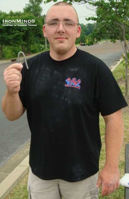 33-year old Delmar Carter certified on the IronMind Red Nail today and he's not stopping there: He has the CoC No. 3 and the IronMind Gold Nail on his to-do list.  Delmar is 5' 11' tall and weighs 270 lb.  IronMind® | Photo courtesy of Herbert Thomas.