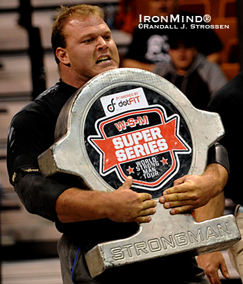 Derek Poundstone later said he hated this event - the Shield Carry - because it's so hard, but he turned its difficulty to his advantage as he outpaced the rest of the field.  IronMind® | Randall J. Strossen photo.