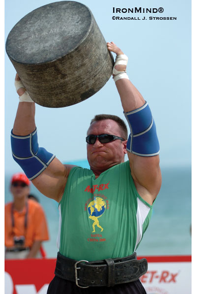 Jarek Dymek, shown on the overhead stone lift at the 2006 World's Strongest Man contest, has just joined the field for SCL-London.  IronMind® | Randall J. Strossen photo.