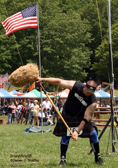 Eric Frasure broke his own world record in the sheaf toss. IronMind® | James J. Shaffer photo.