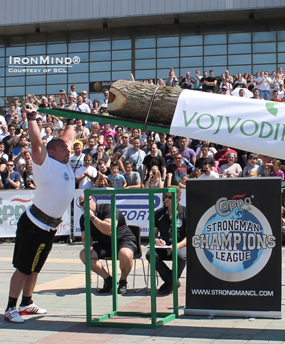 Ervin Katona pounded out 13 reps in the 165-kg Viking Press to break the world record Zydrunas Savickas set at IceMan III earlier this year.  IronMind® | Photo courtesy of SCL.