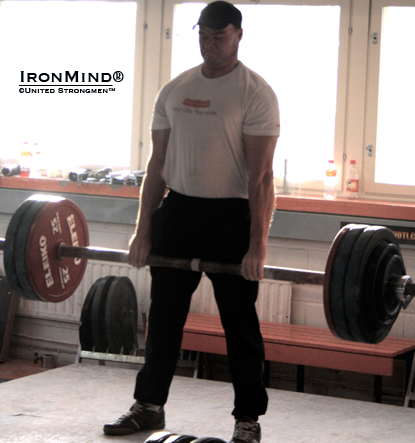 Jarno Hyväri made 185 kg on the Apollon's Axle to claim the Finnish title.  IronMind® | Photo courtesy of United Strongmen™.