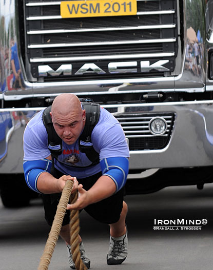 Mike Jenkins got off to a flying start at the 2011 MET-Rx World's Strongest Man contest.  IronMind® | Randall J. Strossen photo.