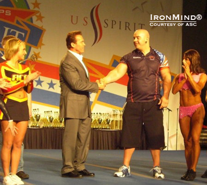 Mike Jenkins, 2010 Amateur Strongman World Champion, meets Arnold Schwarzenegger.  Photo courtesy of ASC.
