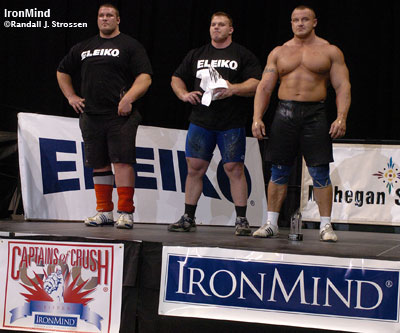 Making good on his prediction, Derek Poundstone beat Mariusz Pudzianowski tonight at the WMSS Mohegan Sun Grand Prix. Pudzianowski was second and Terry Hollands was third. IronMind® | Randall J. Strossen photo.