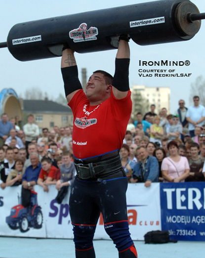 Raivis Vidzis on the log lift.  IronMind® | Photo courtesy of Vlad Redkin/LSAF.