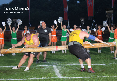 Agris Kazelniks (left) and Zydrunas Savickas on the Pole Push at the SCL Shanghai Cup.  IronMind® | Courtesy of SCL.