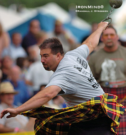 Sean Betz, shown at the 2005 Highland Games World Championships (Fergus, Ontario) is a top pick to leave Edinburgh next week with the 2009 title.  IronMind® | Randall J. Strossen photo.