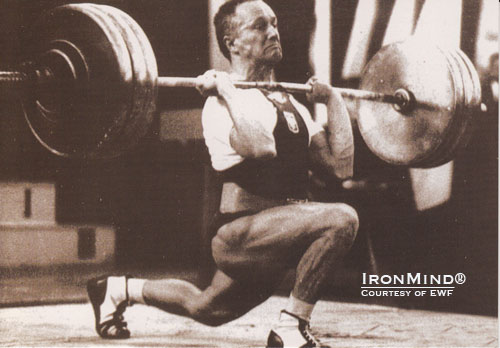 Waldemar Baszanowski, a master of the split style, was an Olympic champion, a world champion and a world record holder.  IronMind® | Photo courtesy of the EWF.
