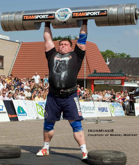 Zydrunas Savickas puts away a 207.5-kg world record, using an IFSA log. IronMind® | Photo courtesy of Marcel Mostert.